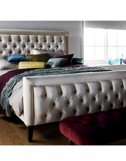 The Hugo Den Bed, features our now trade mark deep buttoning throughout the head & footboard. Creating a decadent, yet thoroughly contemporary design.