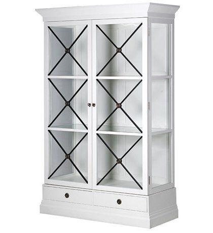 This Bold White Cross Front Cabinet is just perfect for almost any setting. Dimensions: H: 2090mm W: 1330mm D: 580mm Fully Assembled.