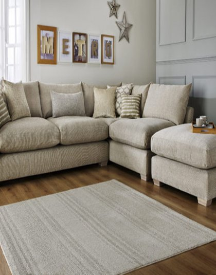 The Metro Corner Sofa is exceptionally comfortable which is characterised by its deep slouchy feel. This certainly makes for an inviting centrepiece