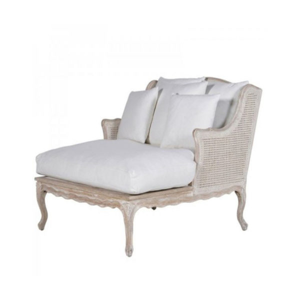 The White Cotton Long Salon Chair is the perfect addition to any dressing room. Product Information :Dimensions: H: 910mm W: 950mm D: 1050mm