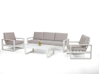See this Amalfi 3 Seat Sofa Set in your outdoor furniture collection? this set is everything you need to entertain guests over the summer months.