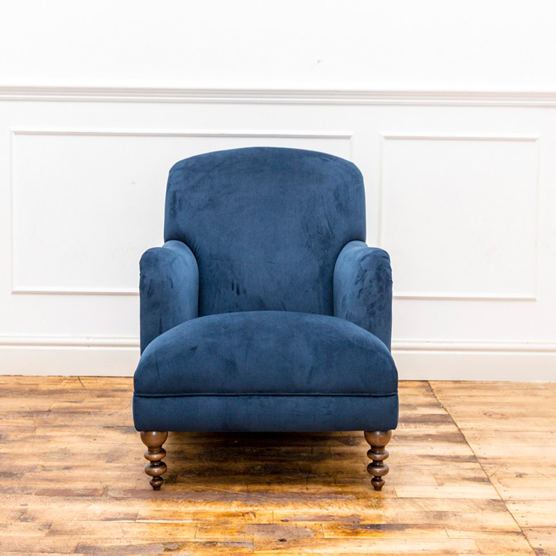 See this Bespoke Blue Velvet Arm Chair in your home?This piece is perfect as an extra addition to any homes seating collection.